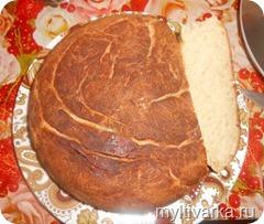 pshenichnij-hleb-v-multivarke