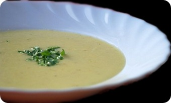 Сырный суп с копчеными ребрышками  в мультиварке